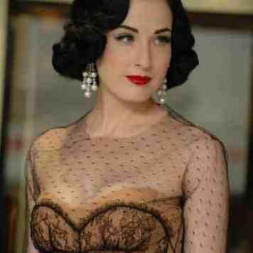 Dita Von Teese - 1940's Burlesque, Vintage Fashion Icon (10)