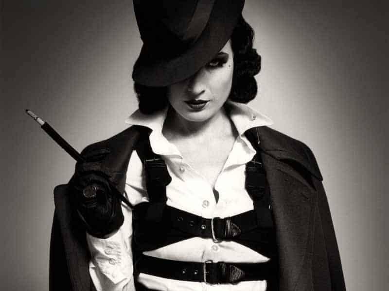 Dita Von Teese - 1940's Burlesque, Vintage Fashion Icon (13)