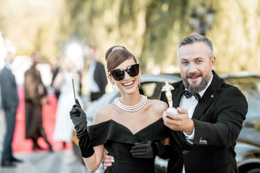Audrey Hepburn look 2021 (1) pearls