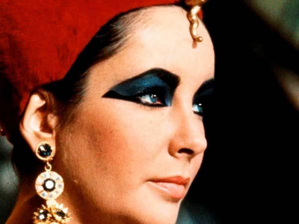 Elizabeth Taylor Fashion Icon – Hollywood's Most Alluring One