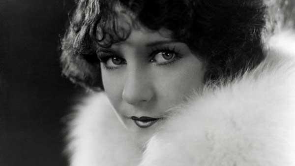 viola-dana-in-a-fur-coat,1930s