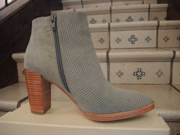 Bimba and Lola  - Pale blue suede boots for 2013