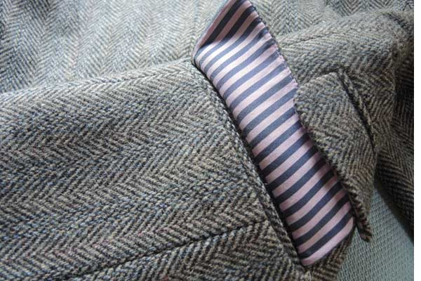Jack Wills Tweed suit for women with a pink collar