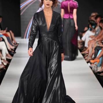 Haute-Couture-2012-Cavalry-5