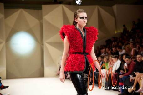 Fashion-Forward-Dubai-Couture-Jean-Louis-Sabaji-Feathers-Maria-Scard-Gracie-Opulanza-18