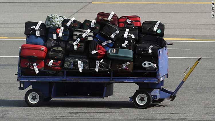 Airlines Reduce Hand Luggage Airports (2)