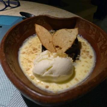 Riverside-cafe-four-seasons-Bali-at-Sayan-Dessert-chocolate-fondant-2
