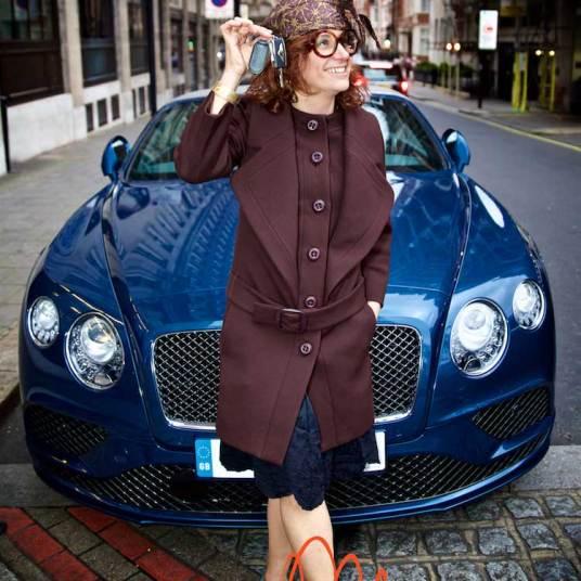 Gracie-Opulanza--Luxury-Week-London-MenStyleFashion-Maria-Scard-Bentley-Continental-GT-Speed-Convertible000070