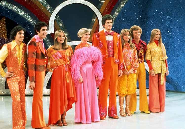 disco-fashion-bradys