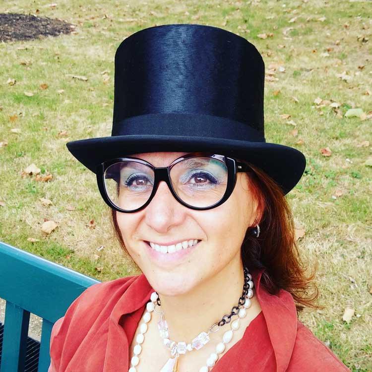 gracie-opulanza-cadogan-gardens-knightsbridge-vintage-hat