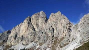 Alta-Badia-Dolomires-Italy-Gourmet-Ski-Safari-2017-MenStyleFashion- Gracie Opulanza (7)