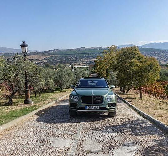 Bentley Bentayga MenStyleFashion Spain 2017 (3)