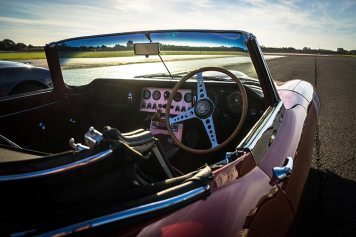 Jaguar Classic Car Track Day MenStyleFashion 2018 Gracie Opulanza (5)
