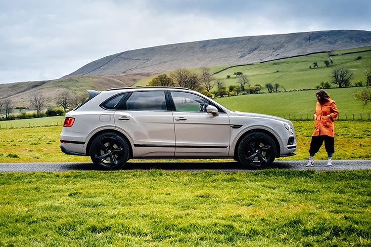 Bentley Bentayga SUV V8 Gracie Opulanza 2019