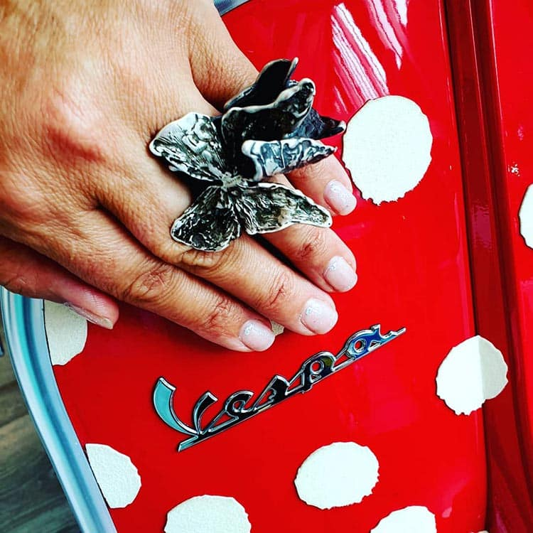 Beatrice Pieroni Lubé - Avant Garde Jewellery - Vespa
