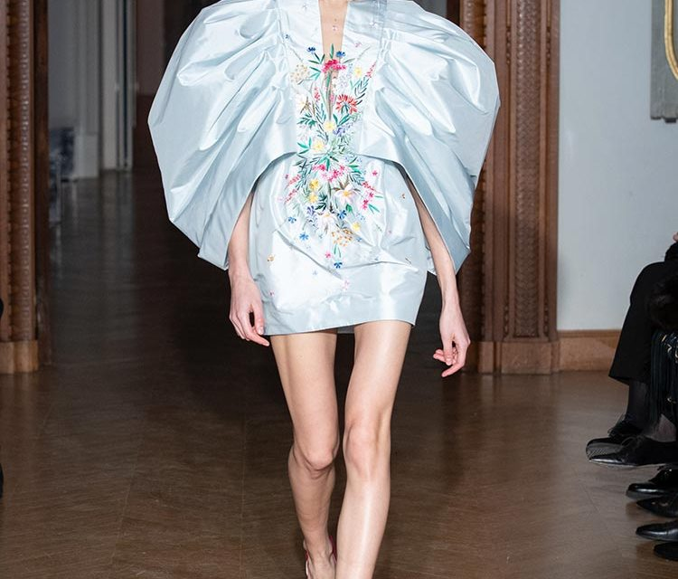 Yulia Yanina SS2020 – Colors and Flowers