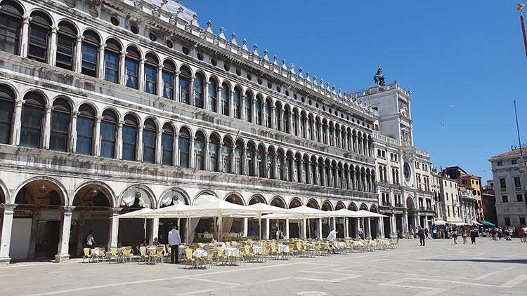 venice 2020 covid 19 summer gracie opulanza st marco square italy (1)