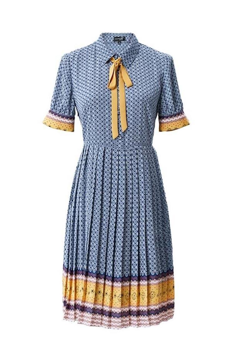 Retro Dress With Pleats