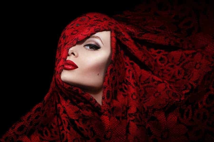 red lace head scarf