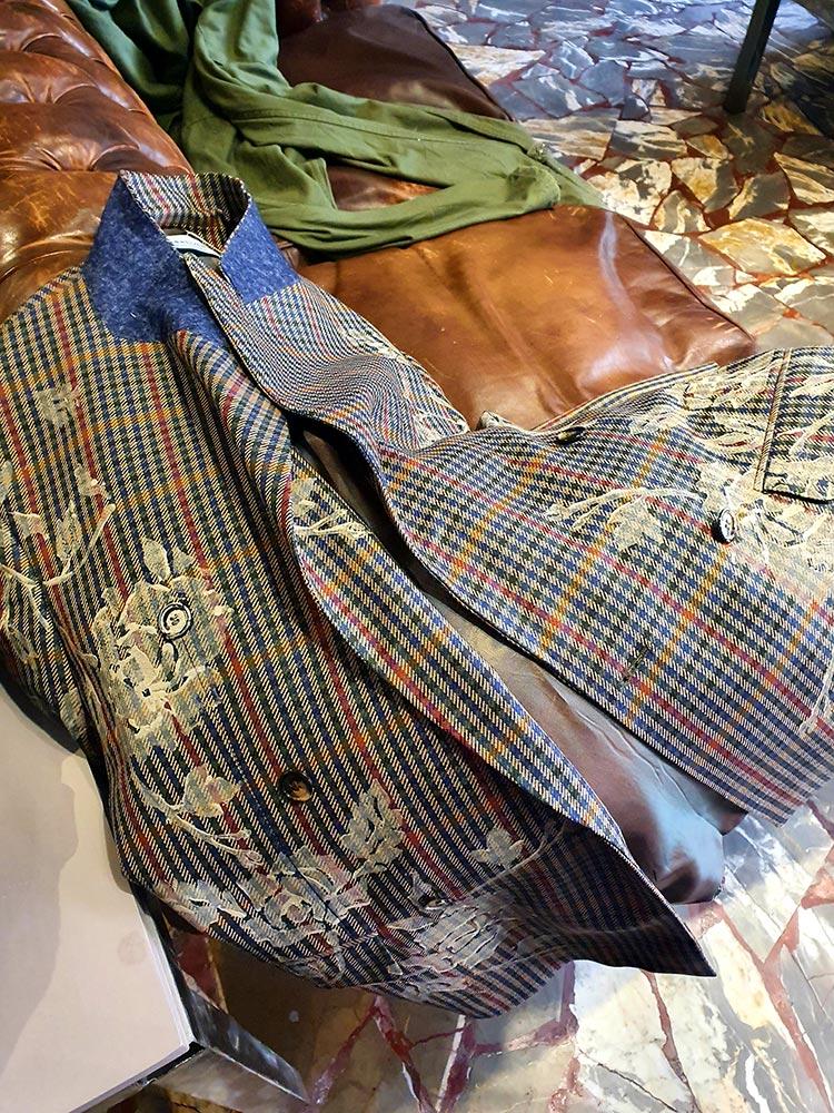 Tweed wool Upcycling fashion Gracie Opulanza 2021