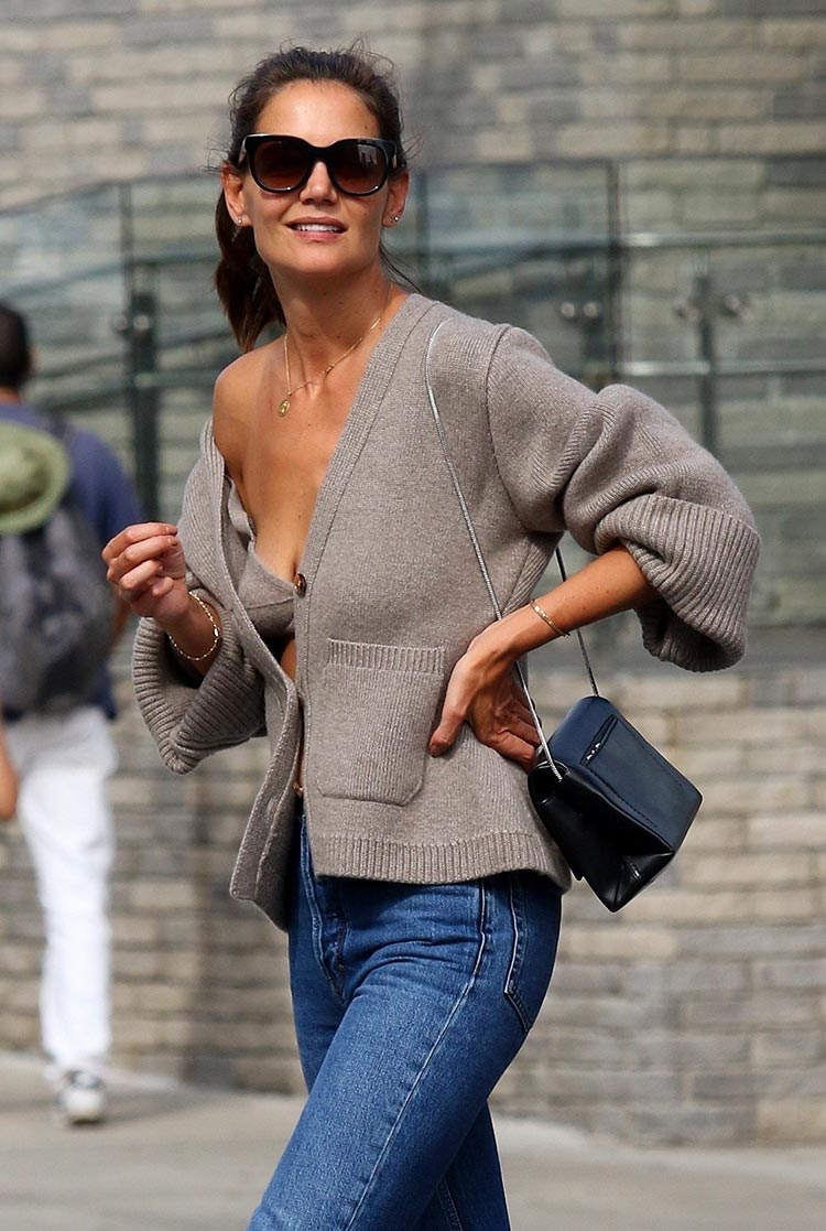 Katie Holmes knitwear bra and cardigan crotchet