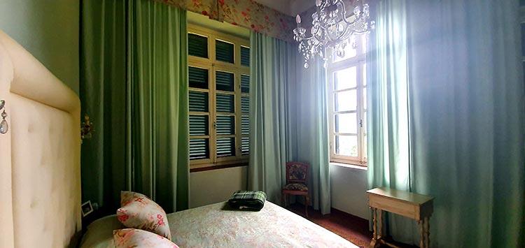 bedroom villa green tuscany