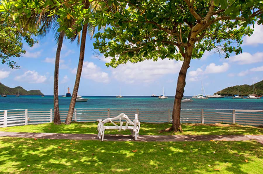 Grenadines that are part of St. Vincent (2)