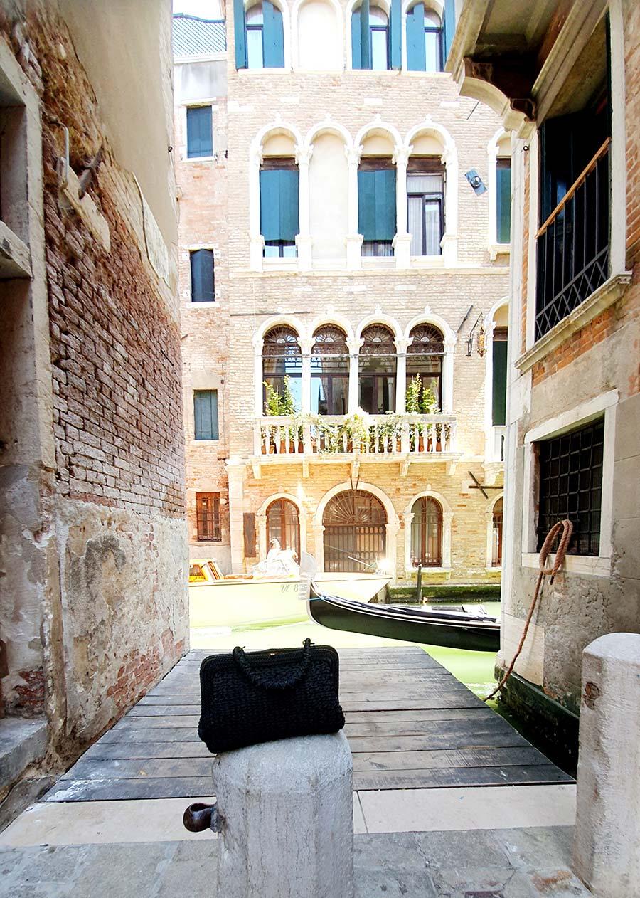 Roberta Di Camerino Gondola clutch bags venice vintage