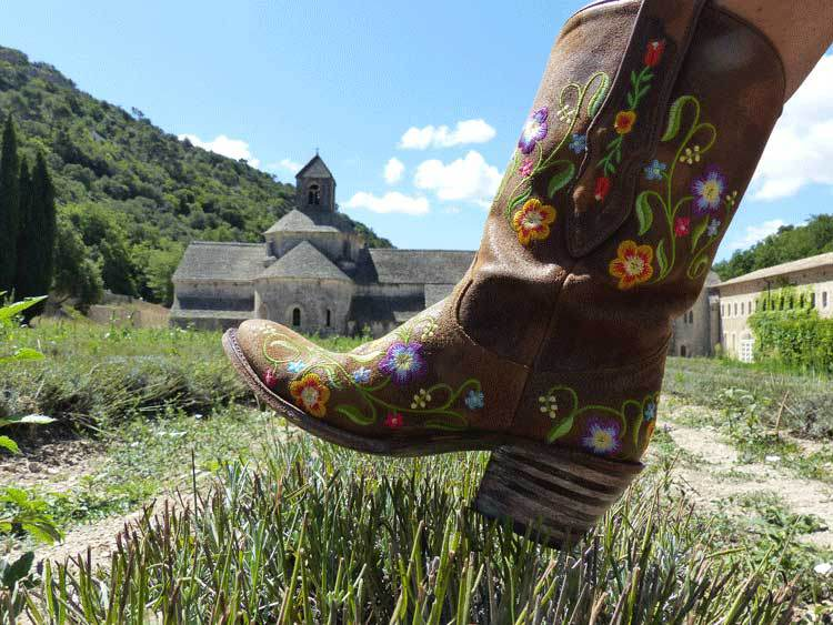 embroidery boots flower