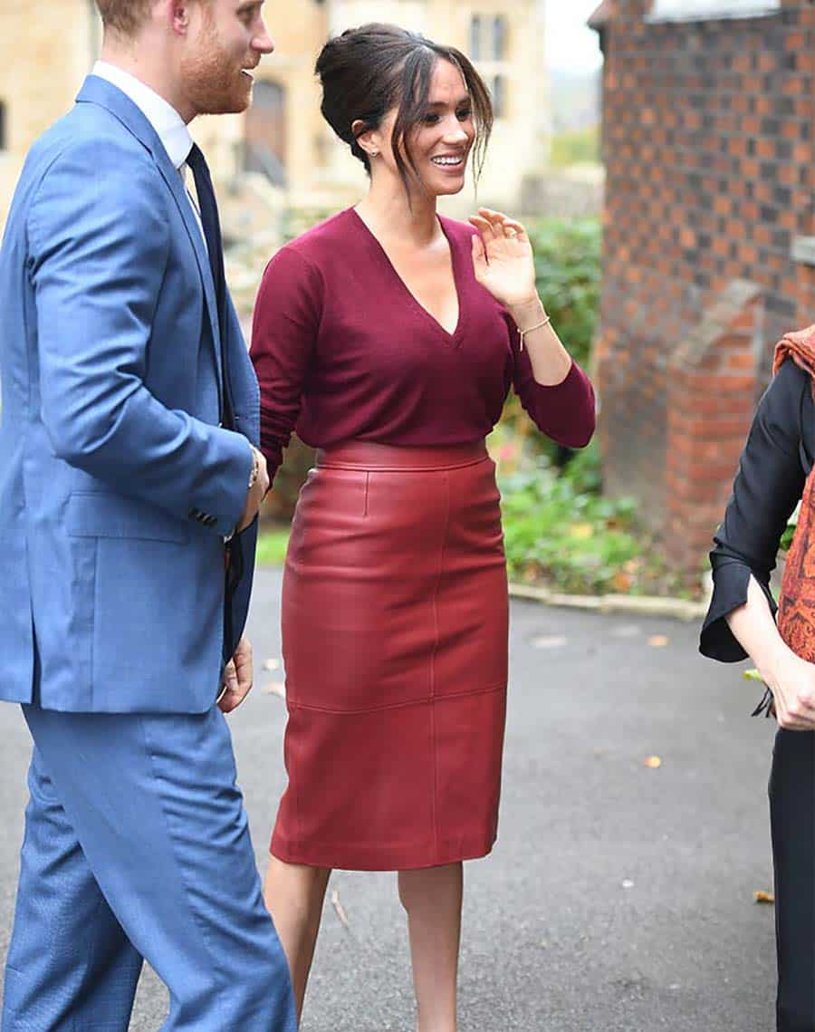 meghan-markle-red-leather-skirt pencil
