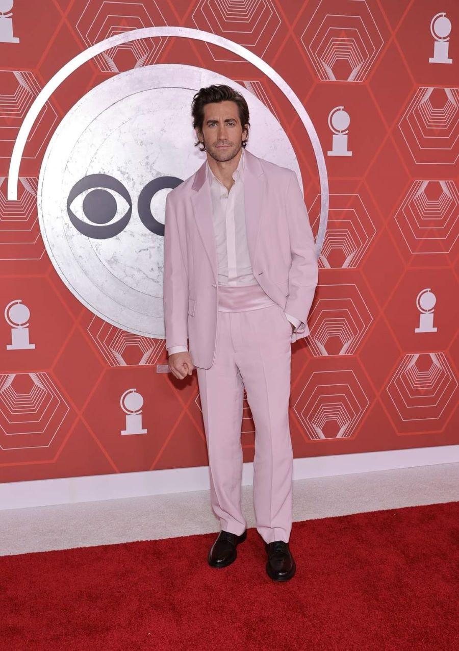 Pink tuxedo 2021 red carpet