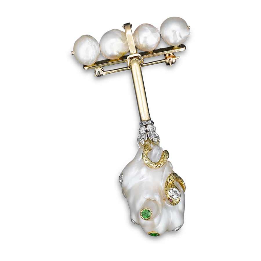 Royal-pearls-wallis