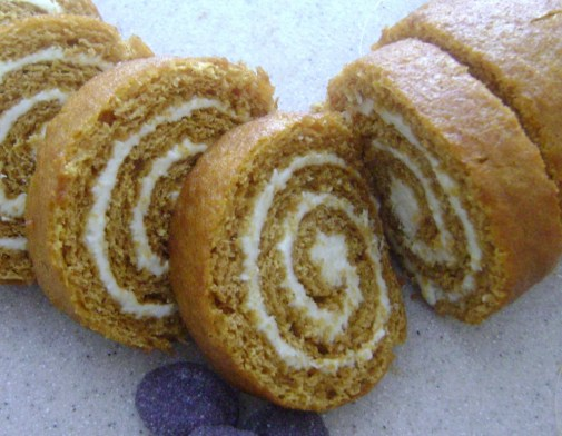 a Pumpkin roll 011