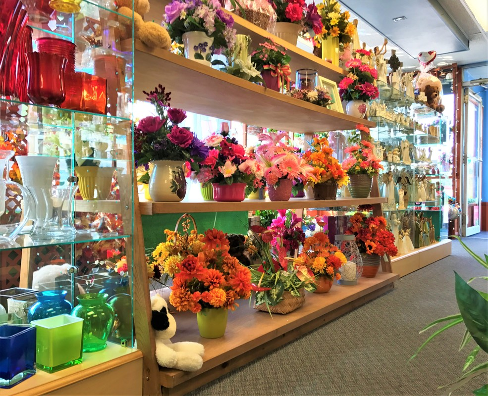 Products Gracis Flowers Amp Gifts
