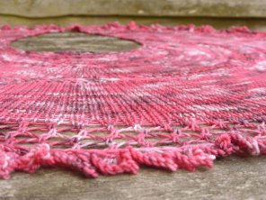 Anne's Shawl Hand Knitting Pattern   www.gradianceyarns.co.uk