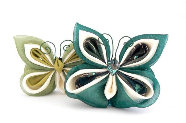 Fluture kanzashi verde inchis matase organza baza dubla brosa clama