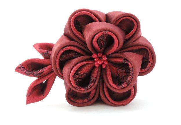 Bujor visiniu - floare kanzashi satin