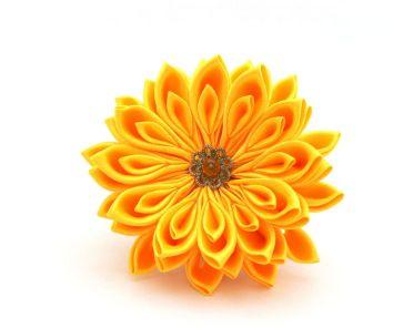 Crizantema galbena kanzashi realizata la comanda