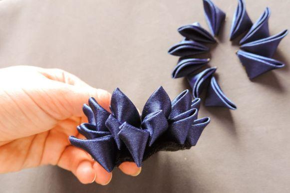 tutorial crizantema mare floare kanzashi satin 10
