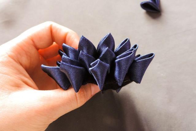 tutorial crizantema mare floare kanzashi satin 11