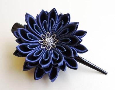 Navy blue satin chrysanthemum - DIY tutorial
