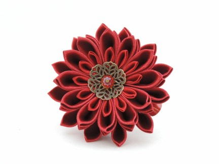 Burgundy satin chrysanthemum - DIY tutorial