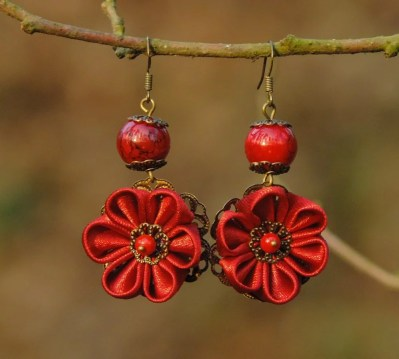 Fabric flower earrings - deep red
