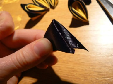 Tutorial satin and organza butterfly - torso in progress