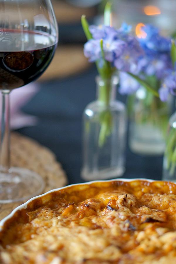 Bjud på vitkålspaj med kyckling och tacokrydda i helgen.