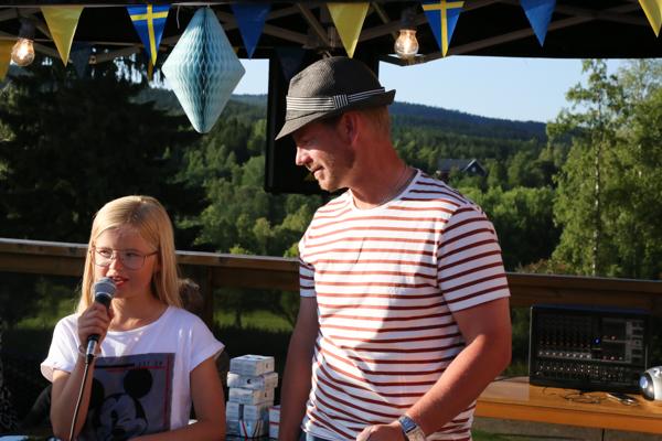 Stella och Stefan - vinnarna i Härnösands Golfklubbs jubileumstävling