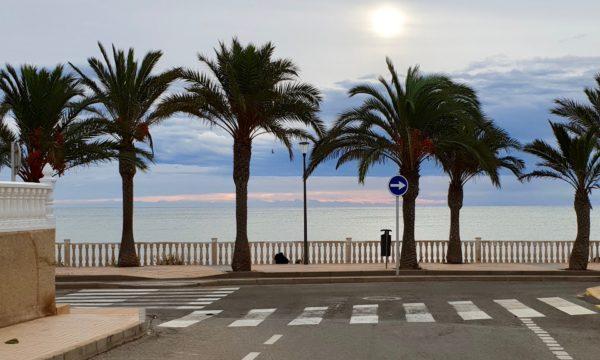 Strandpromenaden i Torre de la Horadada