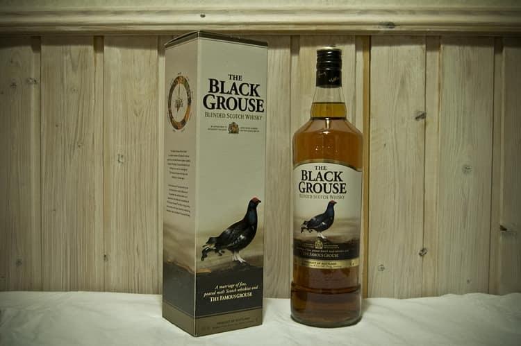 Whisky nào tốt hơn: Đánh giá và đánh giá