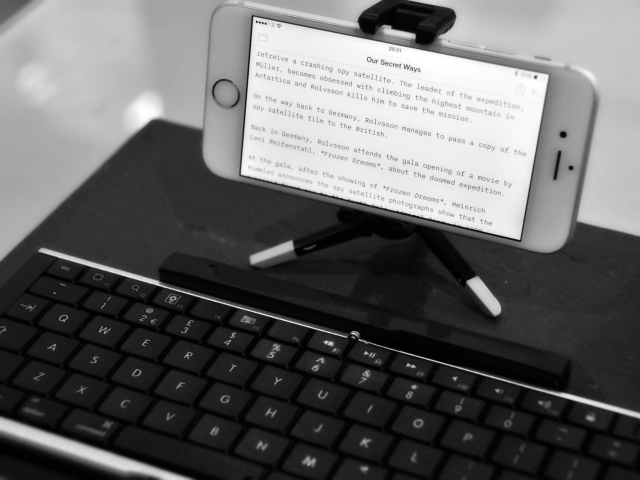 How to Use an iPhone for Writing your Novel