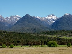 A trackless peice of Fiordland faulted north